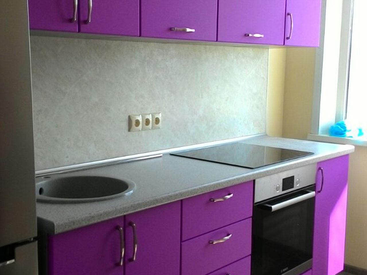 Фото. Кухня эконом класса. Цена 40 тыс рублей