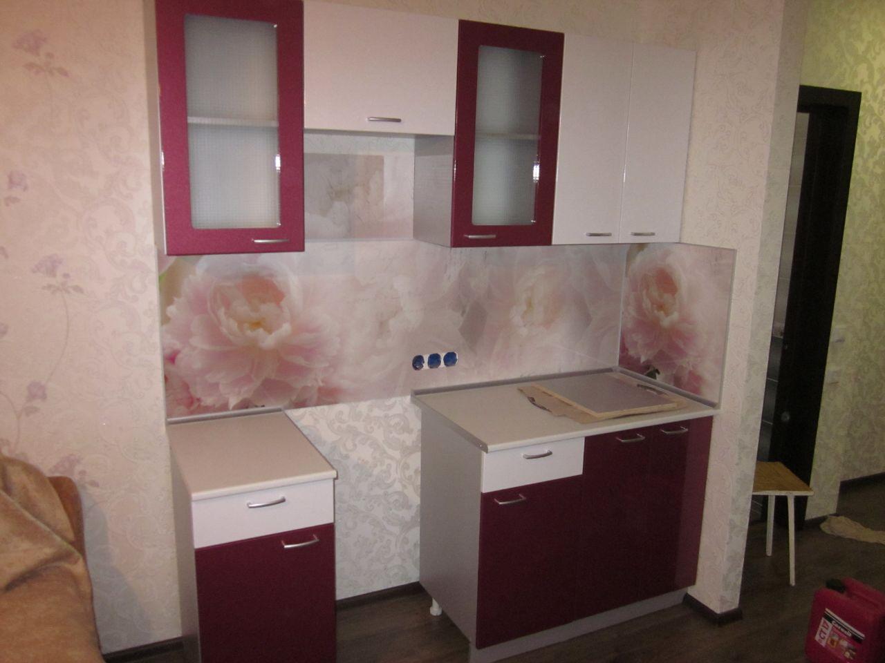 Фото. Кухня эконом класса. Цена 34 тыс рублей